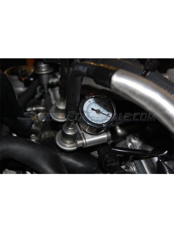 AAM COMPETITION FUEL PRESSURE ADAPTER W/GAUGE